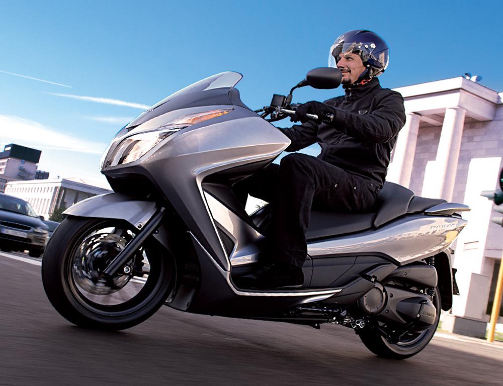 Honda NSS300 Forza